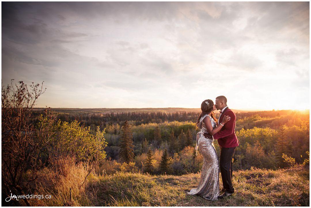 160502_006-Engagement-Photos-Calgary-Weaselhead-Park-JM_Photography