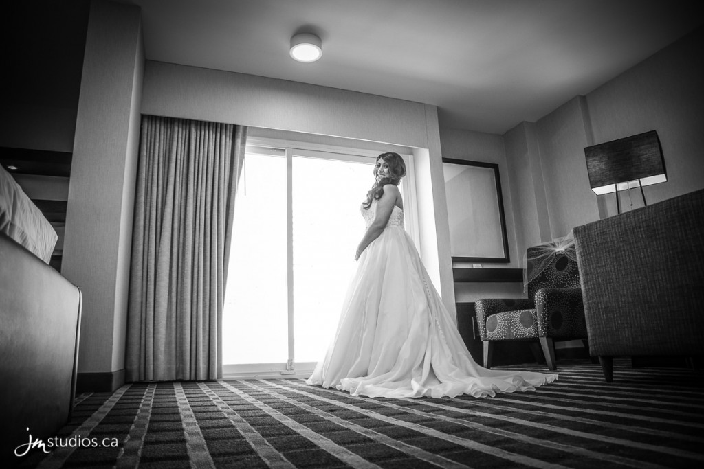 Tysha and Grant's #Wedding at Hotel Arts. Images by Calgary Wedding Photographers JM Photography © 2017 http://www.JMstudios.ca #JMweddings #JMstudios #JMevents #JMphotography #WeddingPhotography #WeddingPhotographers #EventCoreYYC #TyshaGrantWedding2017