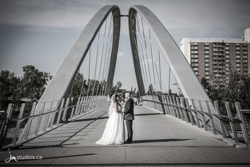 Tysha and Grant's #Wedding formals on the George C King Bridge. Images by Calgary Wedding Photographers JM Photography © 2017 http://www.JMstudios.ca #JMweddings #JMstudios #JMevents #JMphotography #WeddingPhotography #WeddingPhotographers #EventCoreYYC #TyshaGrantWedding2017