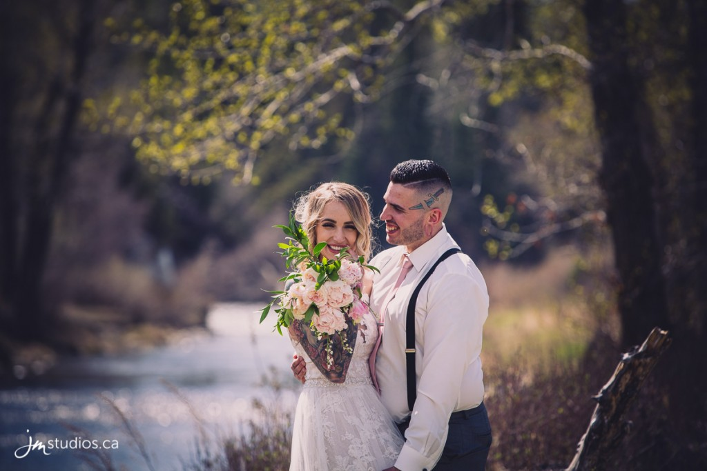 180512_6589-Calgary-Wedding-Photography-Fish-Creek-Park-JM_Photography