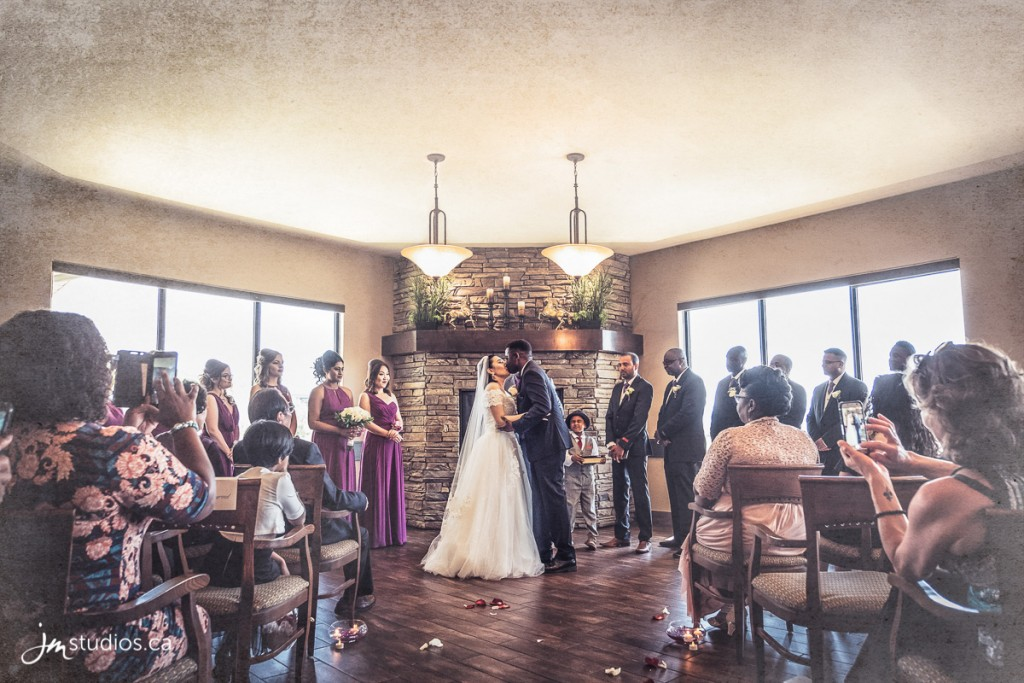 180526_12936-Calgary-Wedding-Photographers-Sirocco-Golf-Club-JM_Photography