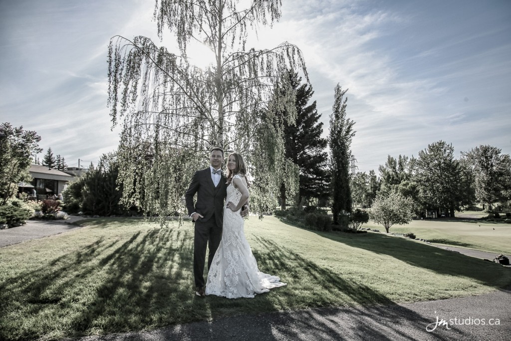 Anna and Stephen #Wedding at the Valley Ridge Golf Club. Images by Calgary Wedding Photographers JM Photography © 2018 http://www.JMstudios.ca #JMweddings #JMstudios #JMevents #JMphotography #WeddingPhotography #WeddingPhotographers #YYCevents #YYCweddings #YYCliving #CordnerAnstey #valleyridgegolfclub #yycpatio #yycsummer #golfweekend #golfwedding #yycgolf #weddingwire #weddingseason @valleyridgegolfclub