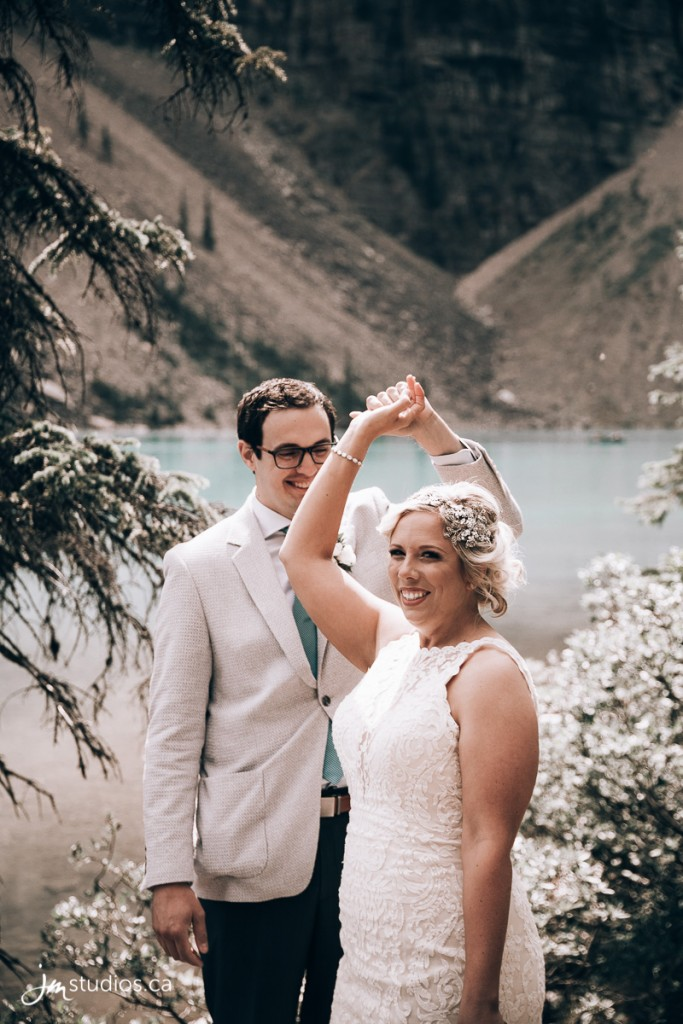Amy and Zach's #WeddingDay at Moraine Lake in Banff National Park. Images by Calgary Wedding Photographers JM Photography © 2018 http://www.JMstudios.ca #JMstudios #JMweddings #JMphotography #CalgaryBride #DreamWedding #WeddingDay #YYCphotographer #MoraineLake #MountainWedding #MountainWeddingPhotographer #MountainBride #RockyMountainBride #RockyMountains #MountainAdventures #MountainRomance #RockyMountainWedding #ExploreAlberta #ExploreCanada #DestinationWedding #BanffNationalPark #AdventureisOutThere #RoamThePlanet #ImagesofCanada #StayAndWander #StayWild #MountainGirls #EnjoyCanada #MountainLake #BanffWedding #BanffBride #BanffPhotographer #BanffPhotography #ExploreBanff
