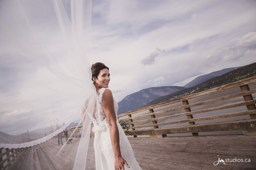 180804_5567-Rocky-Mountain-Wedding-Photographers-Salmon-Arm-Prestige-Harbourfront