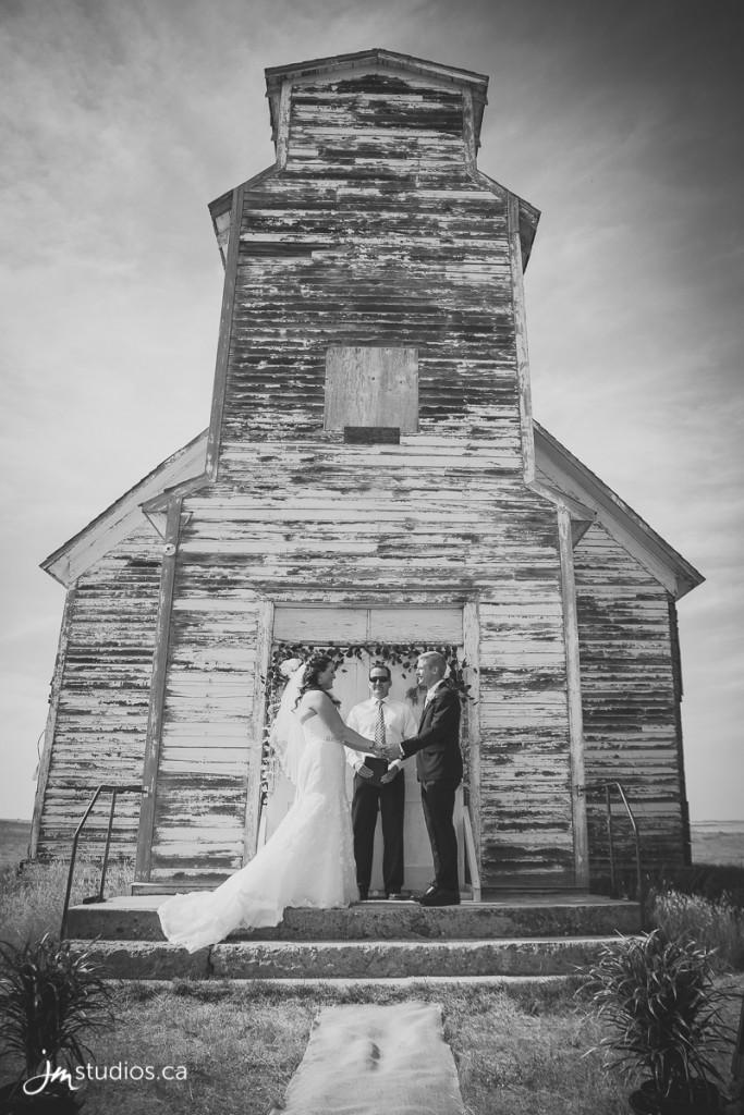 Christy and Boyd's #Wedding. Images by Medicine Hat Wedding Photographers JM Photography © 2018 http://www.JMstudios.ca #Chroyd #JMstudios #JMweddings #JMphotography #CalgaryWeddingPhotographer #CalgaryWeddingPhotography #MedicineHatWeddings #WeddingPhotography #CalgaryBride #DreamWedding #WeddingDay #YYCphotographer #mymedalta #medalta #medicinehat #medhat #albertaweddings @medalta