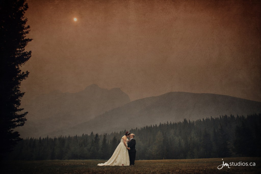 180818_0001-Rocky-Mountain-Wedding-Photographers-Kananaskis-Mountain-Lodge-JM_Photography