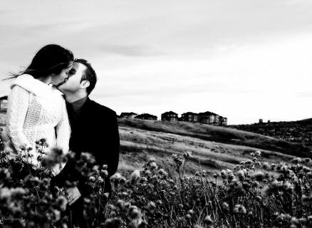 JM Calgary Photographer Engagement Gallery 10