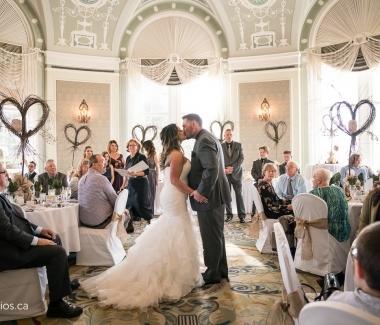 171015_4302-Wedding-Photographer-Edmonton-Hotel-Macdonald-JM_Photography