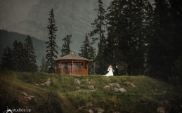 The Jimenez-Lizama's Mountain Wedding at Silvertip Resort in Canmore